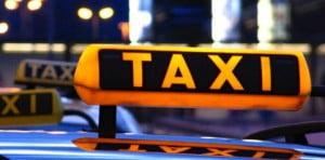 III423_taxi_960x768_c_aboutpixel.de-Rainer_Sturm