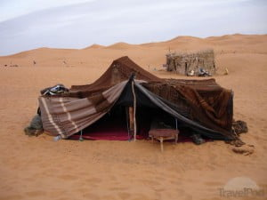 our-tent-in-the-desert--tameslouht