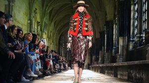 Gucci-Fashion-Show-at-Westminster-Abbey